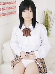 Innocent japanese schoolgirl Momo Komori