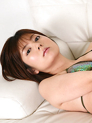 Kaori Tanaka Asian shows juicy boobies in shinny bra in her bed
