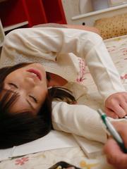 Hot darling Arisa Suzuki  teasing her cunt